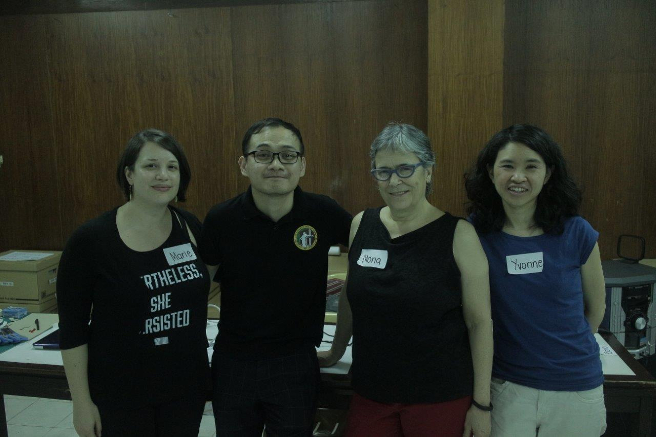 Marie Lascu (MIAP '12), Benedict 'bono' Salazar Olgado (MIAP '12), Prof. Mona Jimenez, and Yvonne Ng (MIAP '08) took part in a community archiving workshop at the University of the Philippines School of Library and Information Studies (UPSLIS) in Manila.