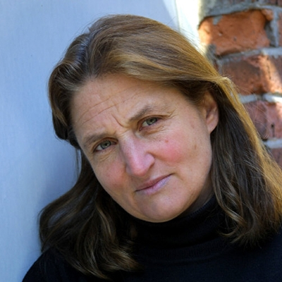 headshot of Susan Meiselas