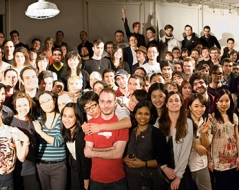 Spring 2009 panorama photo of ITP students