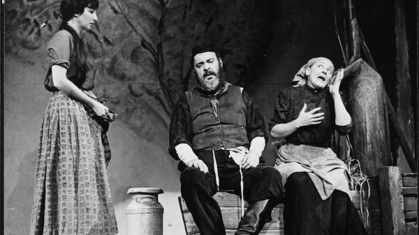 Yiddish Theater Public Programs
