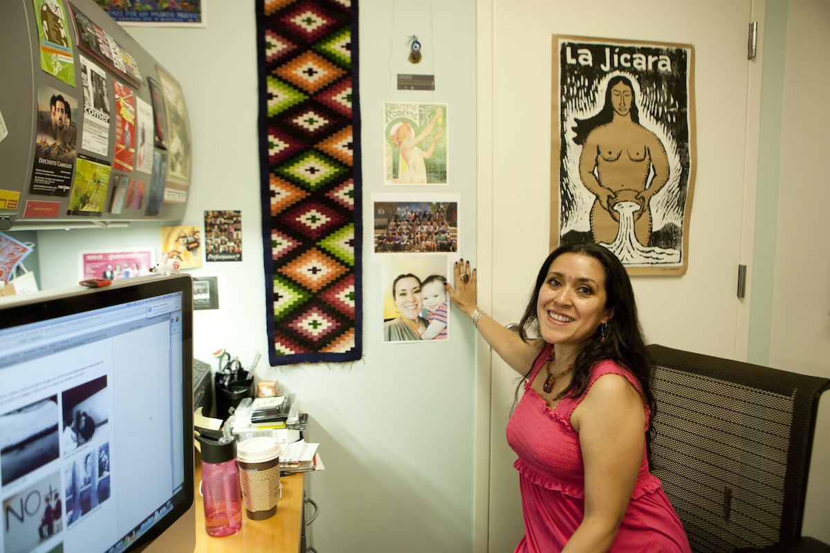 Alum Leticia Robles-Moreno announces new Visiting Professor position at Muhlenberg College