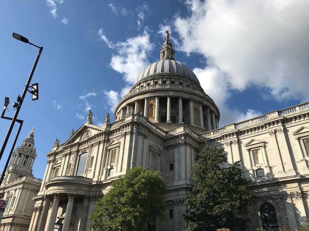 St. Paul's Cathedral during the day